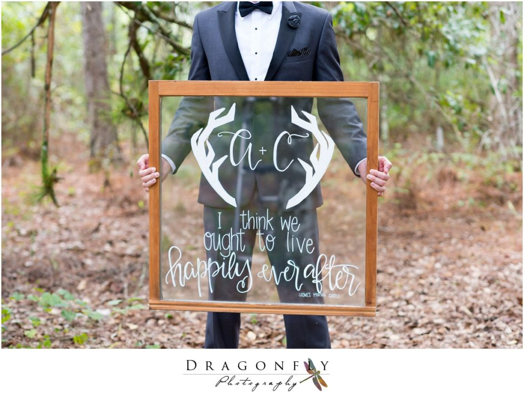 Dragonfly Photography Lifestyle Wedding and Portrait Photography Woods Wedding Dress and Details Insperation_0026