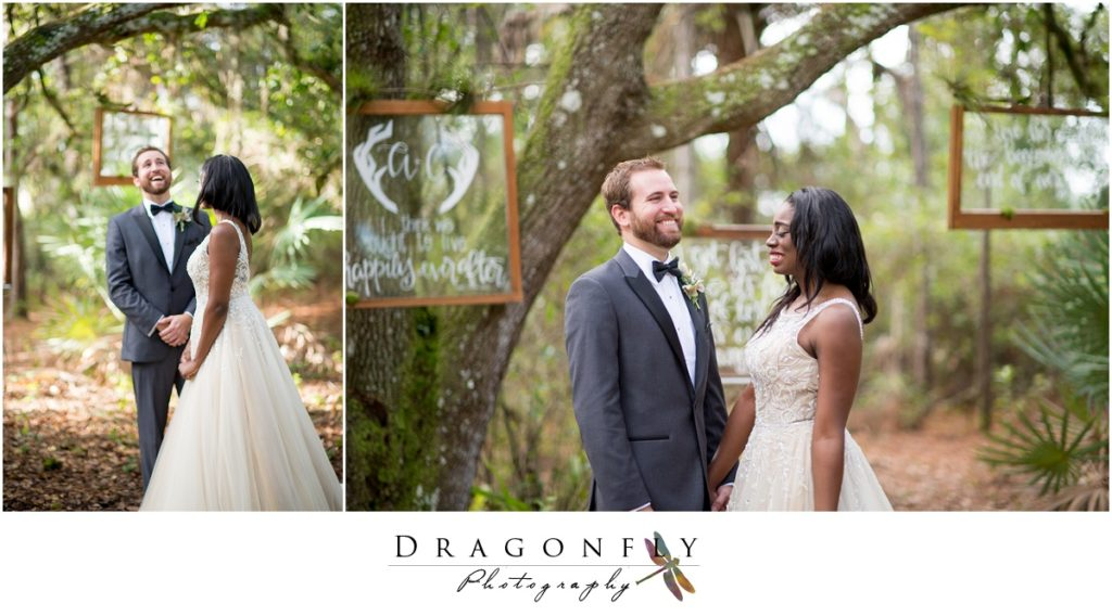 Dragonfly Photography Lifestyle Wedding and Portrait Photography Woods Wedding Dress and Details Insperation_0036