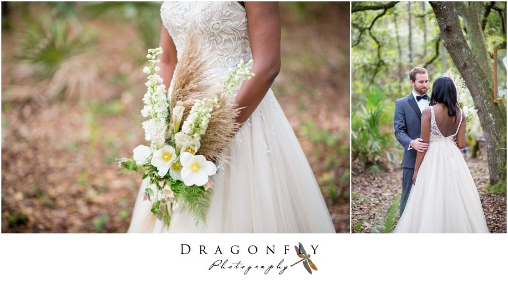 Dragonfly Photography Lifestyle Wedding and Portrait Photography Woods Wedding Dress and Details Insperation_0039
