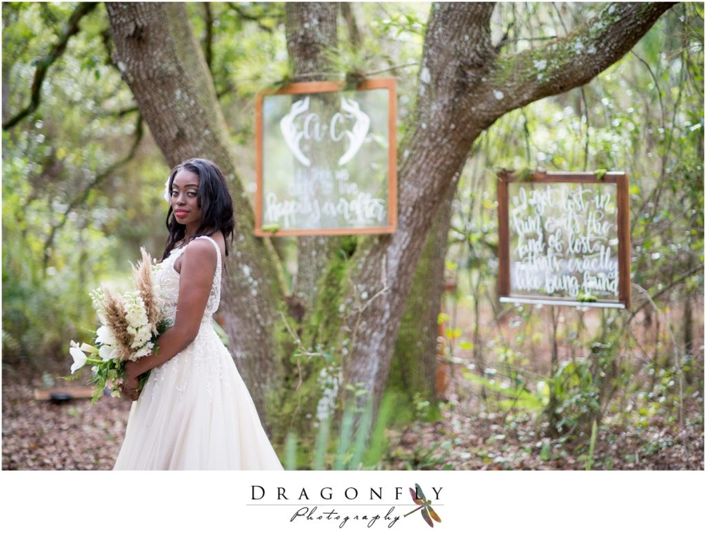 Dragonfly Photography Lifestyle Wedding and Portrait Photography Woods Wedding Dress and Details Insperation_0040