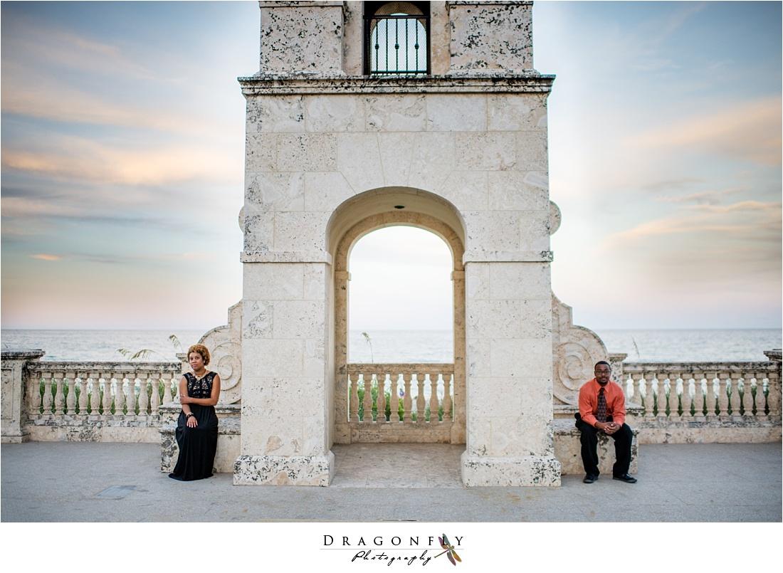 palm beach island modern bronze engagement photos_0004