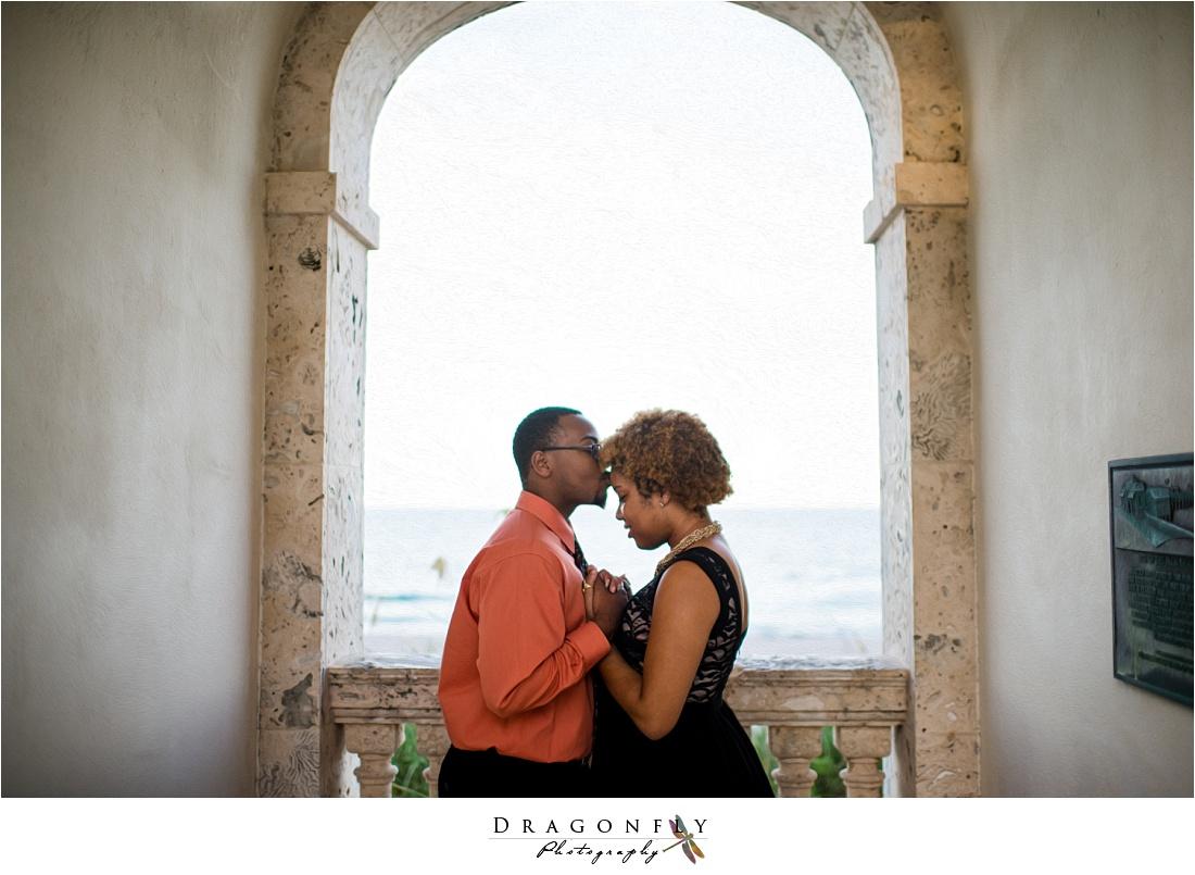 palm beach island modern bronze engagement photos_0007