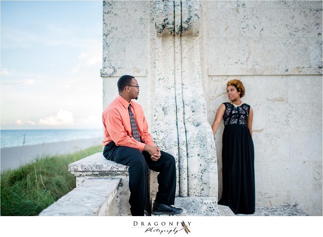 palm beach island modern bronze engagement photos_0009